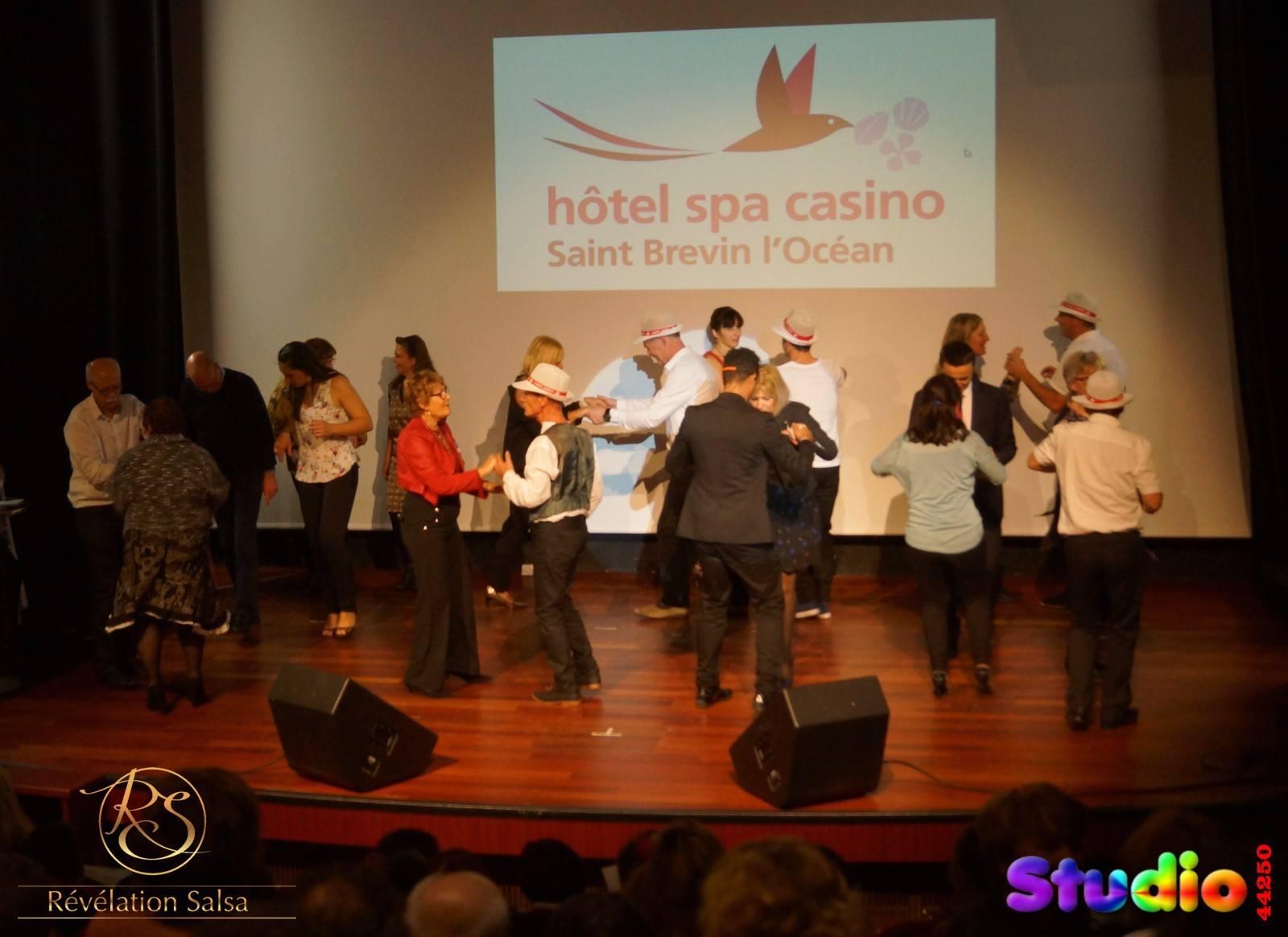 Démonstration au Casino de Saint Brevin pour l'élection de «Super Mamie 44» dimanche 19/11/2017